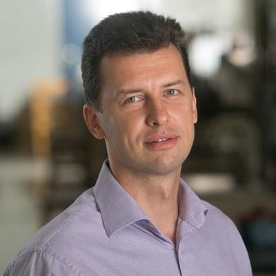 Sergey Krachkovskiy, Research Associate